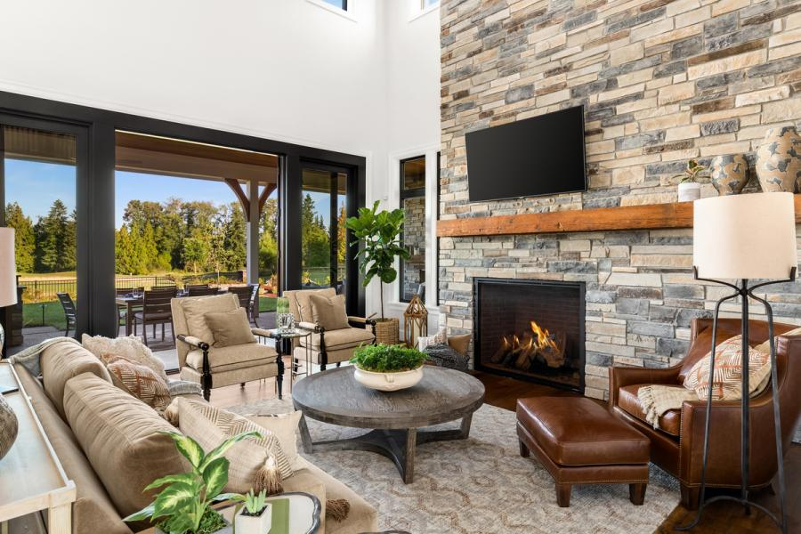 Echo Ridge Country Ledgestone from Cultured Stone. Photo: © Justin Krug